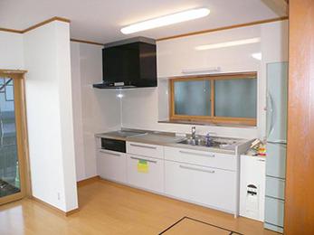 暖かくて、明るいキッチンになりとてもうれしいです。