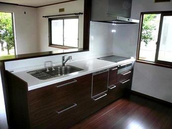 水まわり設備の機能が一新され、便利でデザイン性に優れた空間になりました。