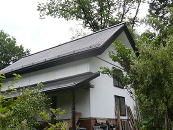 まるで新築の屋根のようになりよかったです。