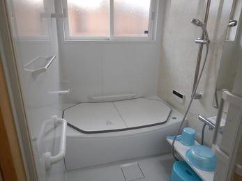 介護保険適用浴室リフォームです。