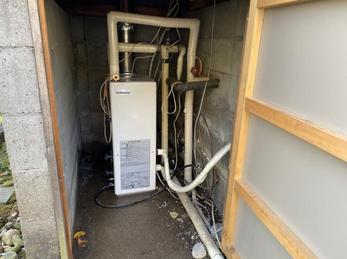 信州の必需品、追い焚き付のふろ給湯機の取替え